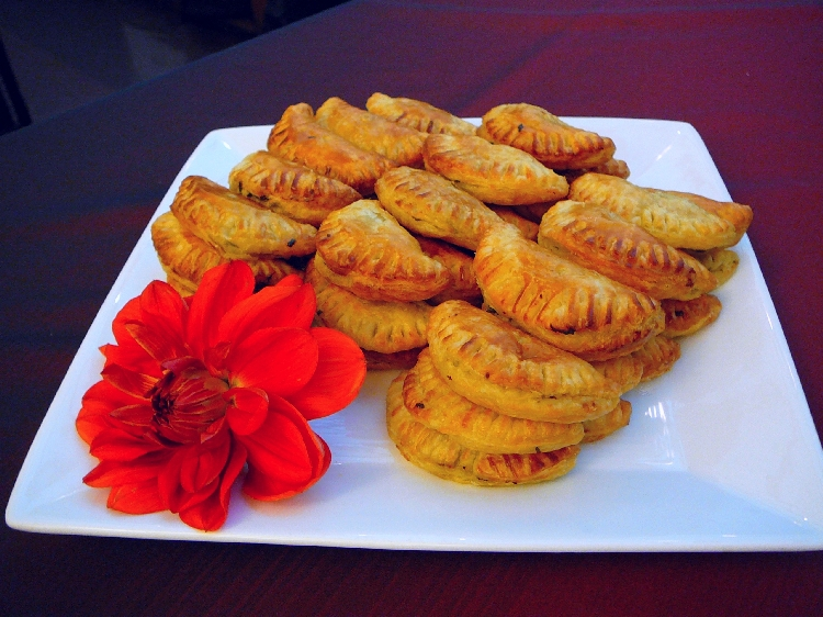 Photo: Spain - Empanadillas de Espinaca y Queso.